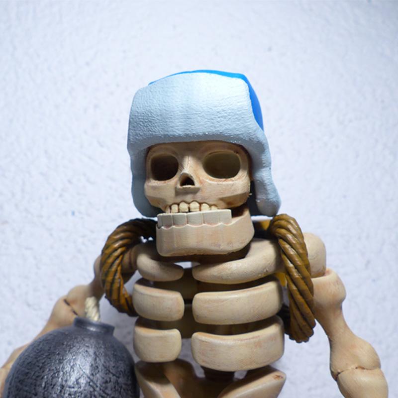 giant skeleton 3