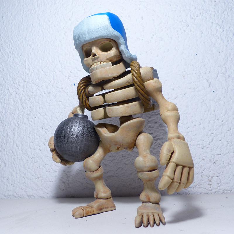 giant skeleton 5